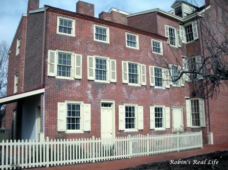 Poe-house in philly.jpg